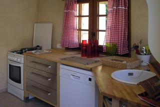 Farm Lespare, holiday cottages in Les Eyzies de Tayac in the Dordogne
